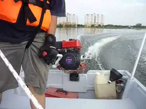 Двигатель для моторной лодки