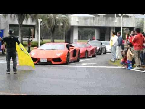 Reunião de super carros em publico causa acidente -【閲覧注意】スーパーカーミーティングで参加車両が観客をはねる。 事故。