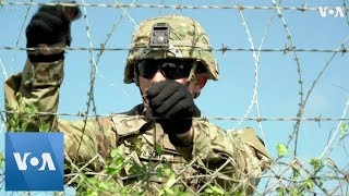 Soldiers Install Concertina Wire at US Port of Entry Near Donna - VOAVIDEO