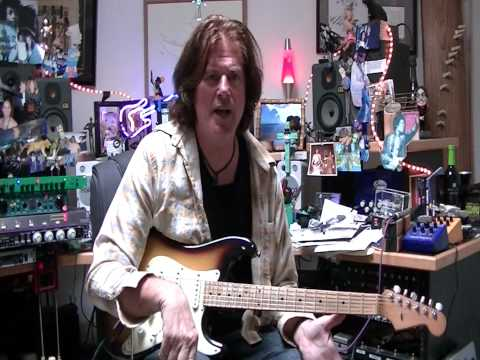 Michael Thompson demonstrating Carl Martin Compressor and TremO'Vibe