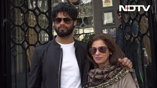 Dimple Kapadia Introduces Her Nephew Karan Kapadia - NDTV