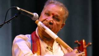 Pandit Hariprasad Chaurasia - Raga Bhoopali - Bansuri And Tabla - by roothmens