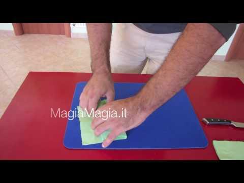 Magia carta accoltellata by milleaccendini