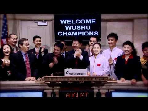 Jet Li rings NYSE Closing Bell