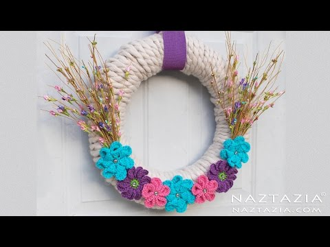 Yarn Wrapped Wreath with Crochet Flowers - DIY Home Decor Flower Wrap Tutorial