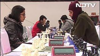 दिल्ली में 'शतरंज का कुंभ', 1500 से ज्यादा खिलाड़ी एक साथ खेले - NDTVINDIA