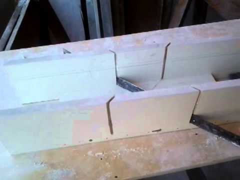 MOLDURA DE GESSO E CAIXA PARA CORTE 45º CASEIRA ( Placed plaster frame and box cutter 45 homemade)