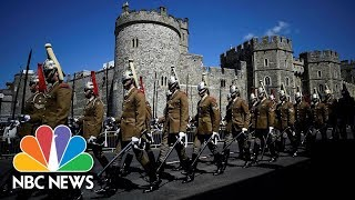 Carriage Procession Tours Windsor In Royal Wedding Warm-Up | NBC News - NBCNEWS