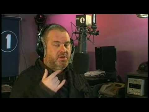 Moyles - Dave's nose close-up (Web Streaming Tue 13 Jan 07:23-07:30)