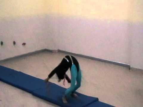 حركات الجمباز للأطفال