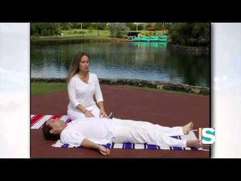 A tu Salud: Ejercicios de Relajación de Yoga (Melasma)