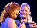 Kelly Clarkson, Reba Mcentire, And Melissa Peterman
