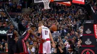 Jonas Valanciunas Dunks On LeBron James