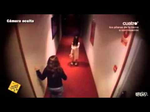 Creepy Girl In Hotel Hallway Prank