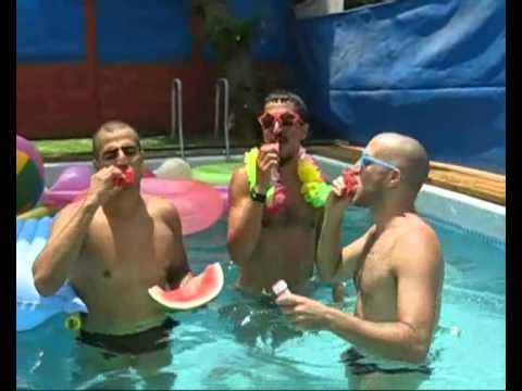 עיסוי לגבר בתל אביב, מסיבת בריכה. ariel's touch male massage tel aviv