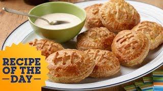 Jamaican Meat Pie Footballs | Food Network - FOODNETWORKTV