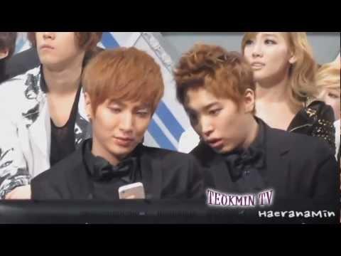 TeukMin moment #45 LeeTeuk sits on SungMin