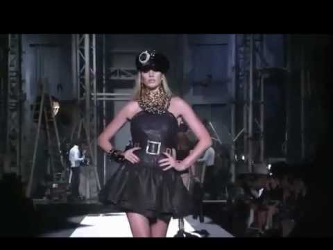 Anne Vyalitsyna: 2012 Review