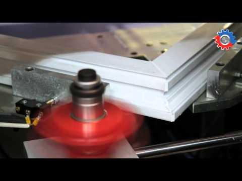 Utilaje tamplarie PVC: WZ-114 - masina de debavurat Wizard, cu schimbare rapida a frezei