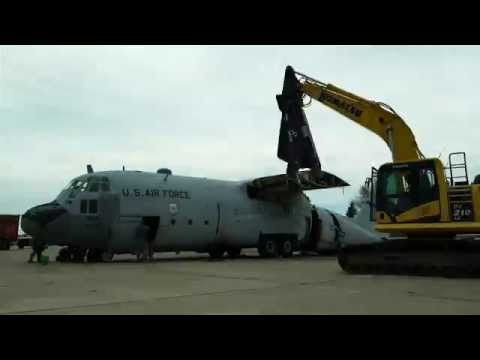 C-130 Hercules Disassembled by the 934th Airlift Wing (Time Lapse)