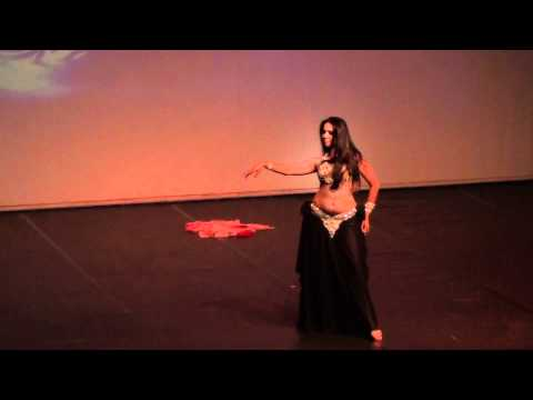 Nadhine belly dancer