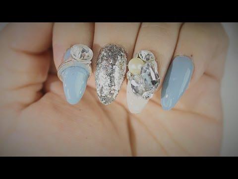 Uñas Acrilicas: Ovaladas En tonos Plata y azul
