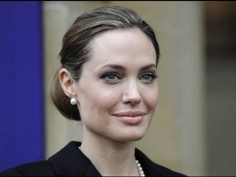 Angelina Jolie se quit ambos senos por temor al cncer/ Angelina Jolie both breasts removed