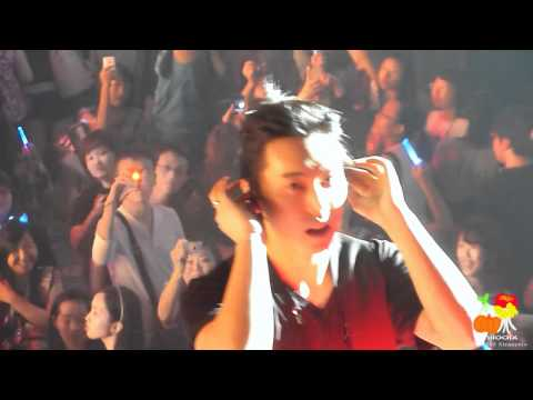 [Fancam] 110129 Super Junior SS3 Singapore - U
