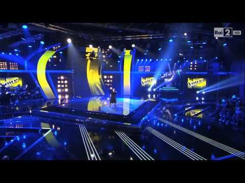 Freira participa do The Voice Itália! E arrebenta!
