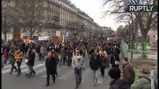 French unions rally for better labor, pension & tax reform - RUSSIATODAY