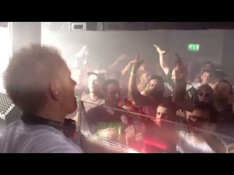 Mark Sherry @ Trance Sanctuary playing Scot Project 'U' (Mark Sherry Remix)