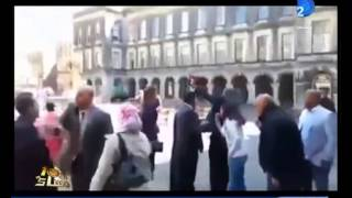 لحظة الاعتداء على الدكتور شوقى علام مفتى الجمهورية فى هولندا