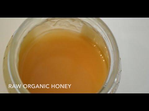 Deep Conditioning With Yogurt & Honey (inspired by Dwele)