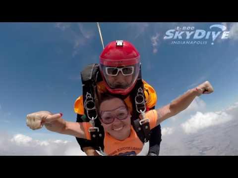 Nicole May's Tandem skydive!