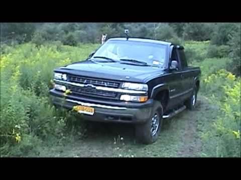 2000 Chevy Silverado 1500 V8 4.8L Straight Piped