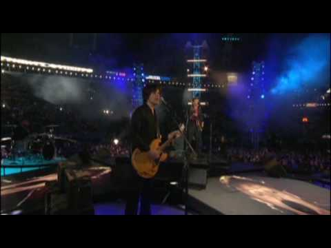 "SuperBowl 39-Halftime Show-Paul McCartney ""Drive My Car, Get Back, Live And Let Die"""