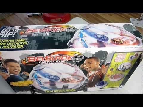 Beyblade Destroyer Dome Unboxing and final demonstration battle!