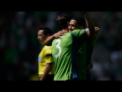 GOAL: Lamar Neagle runs past defense to score | Seattle Sounders vs FC Dallas