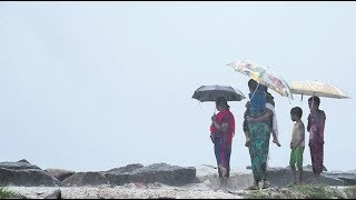 Rains Hit Kerala As Cyclone Ockhi Heads To Lakshadweep | Mango News - MANGONEWS