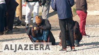 Refugees fearful ahead of Calais 'jungle' camp closure - ALJAZEERAENGLISH