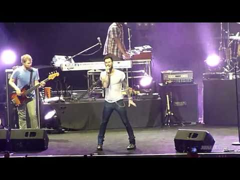 Maroon 5 - (solo drums) + Sunday Morning (Live in Jakarta, Indonesia, 27 April 2011)