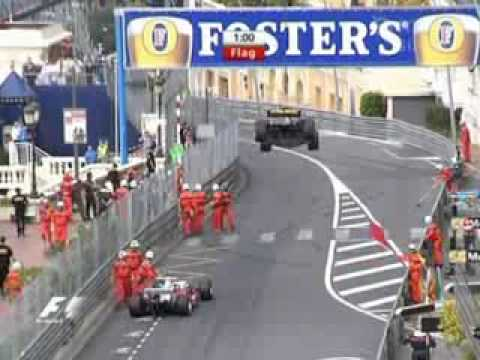 2005 Monte Carlo Accidente entre Jacques Villeneuve, Ralf Schumacher, David Coulthard y Juan Pablo Montoya