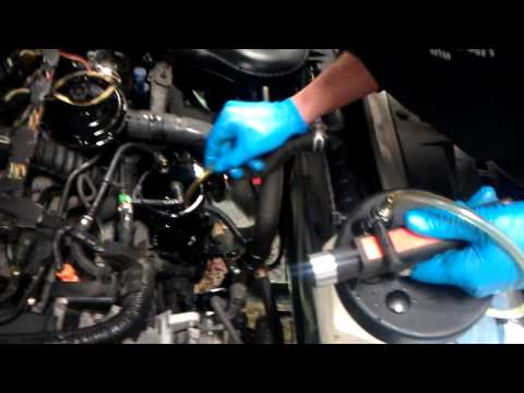 Wymiana filtra paliwa Peugeot 406 (DW10ATED) *bosch*