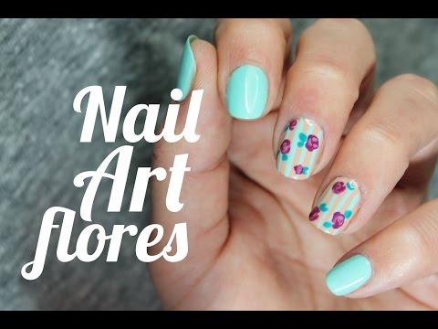 Cómo hacer flores vintage en las uñas | How to make a vintage flowers manicure