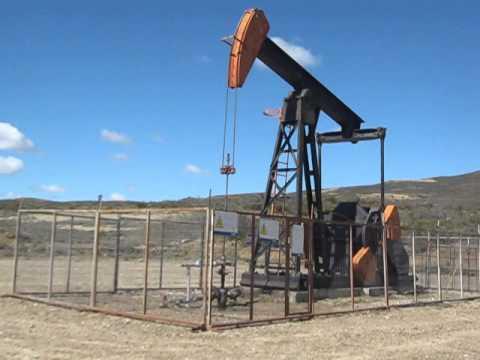Balancín petrolero. Cañadón Seco, Santa Cruz-Argentinta.