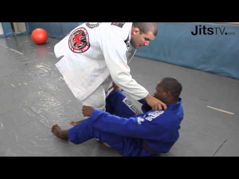 Rodolfo Vieira guard pass instructional - Jits Magazine