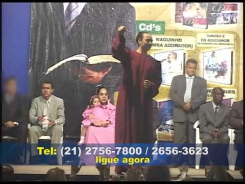 Pr Marcos Pereira realiza culto na comunidade Carobinha 15-09-2012