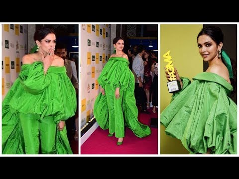 Deepika Padukone Looks At The Red Carpet Of Grazia Millennial Awards 2019