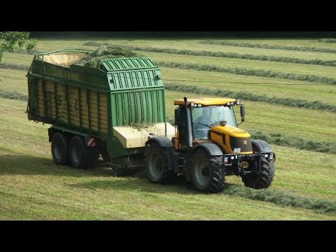 Heuernte Teil 3 JCB Fastrac mit Krone Ladewagen in action self-loading wagon