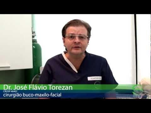 Como é o pós operatório da cirurgia de reconstrução maxilo facial? - Por Dr. Torezan